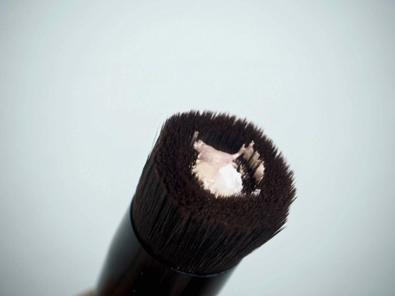 bareMinerals Perfecting face Foundation Brush meikkivoidesivellin