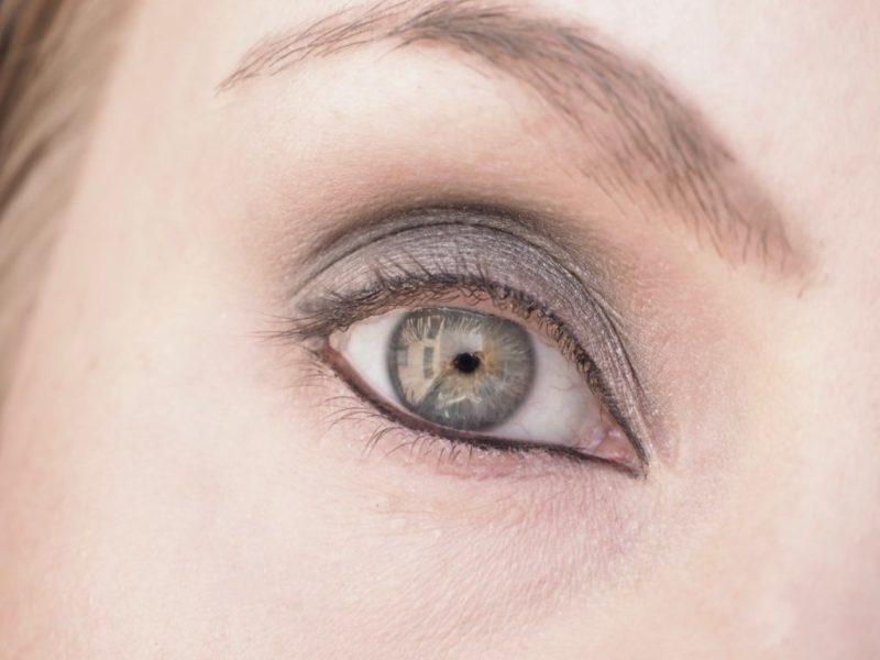 Benefit BAD Gal BANG Mascara Ripsiväri Kokemuksia Ostolakossa Virve Vee