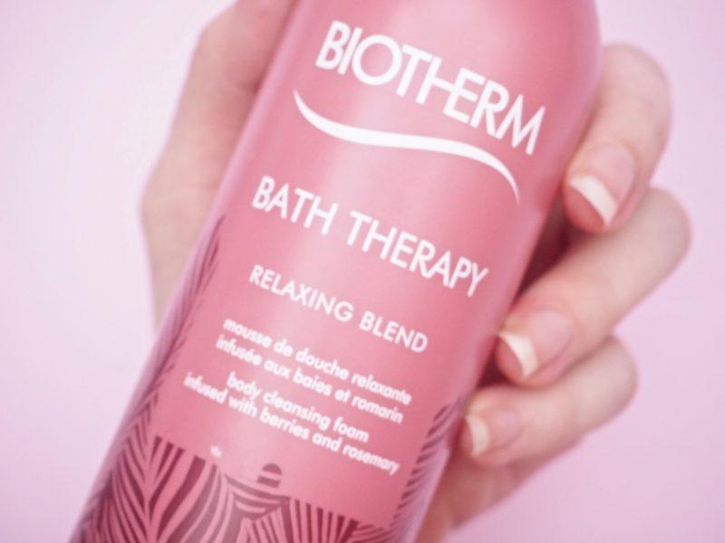 Biothem Bath Therapy Relaxing Blend Suihkuvaahto kokemuksia Ostolakossa Virve Vee blogi