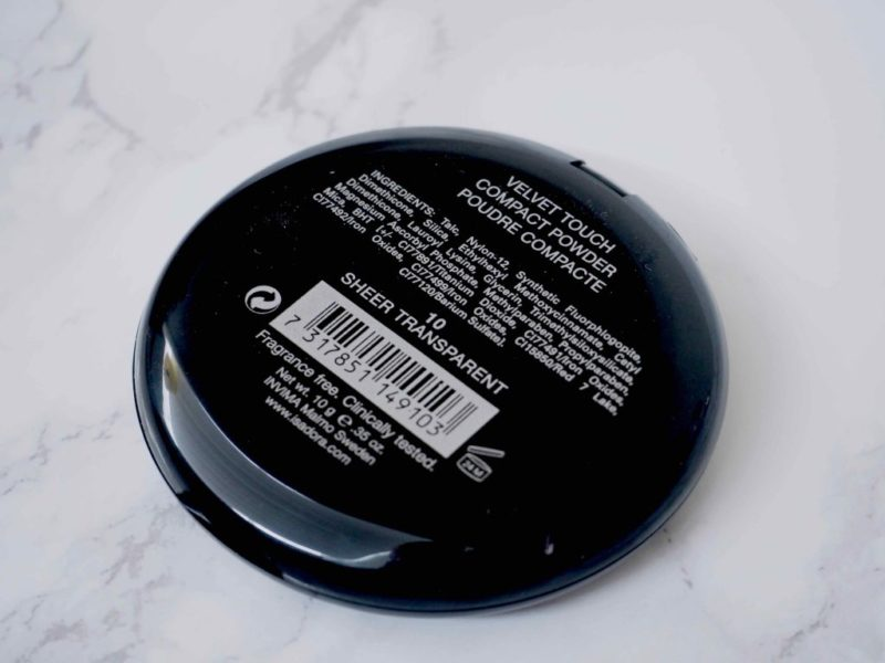 IsaDora Velvet Touch Compact Powder