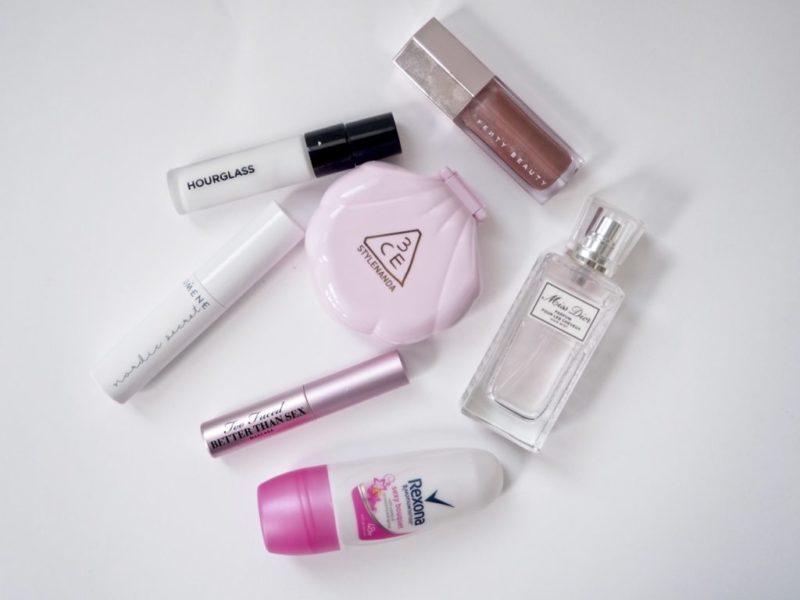 Kosmetiikka käsimatkatavarat