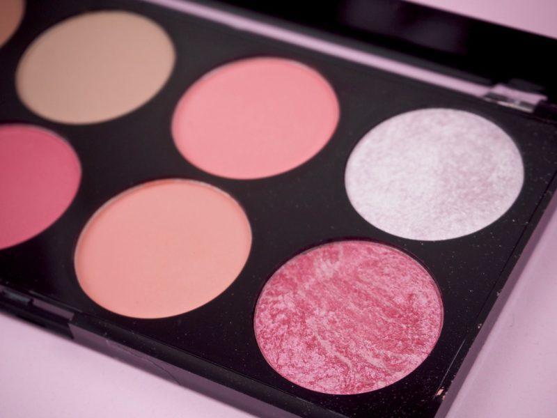 Makeup revolution poskipunapaletti kokemuksia Ostolakossa Virve