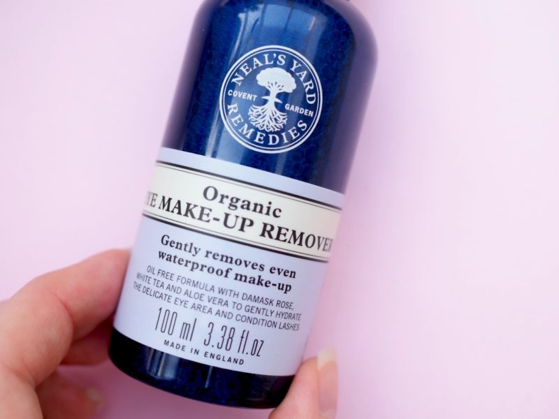 Neal's Yard Remedies luonnonmukainen silmämeikinpoistoaine ripsienpidennyksille Ostolakossa blogi Virve Vee