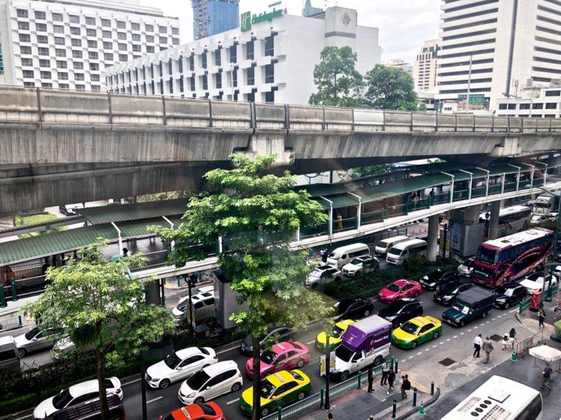 Ostolakossa Bangkok asuminen