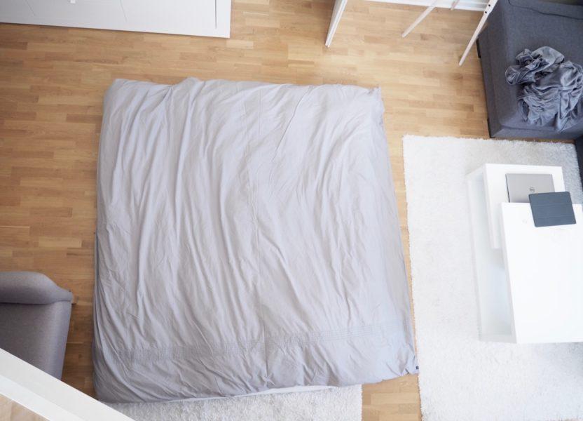 Ostolakossa ilman sänkyä nukkuminen