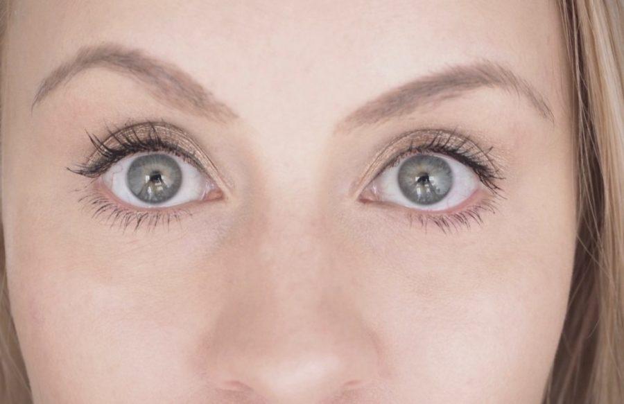 Ostolakossa Virve Vee tummat silmänaluset