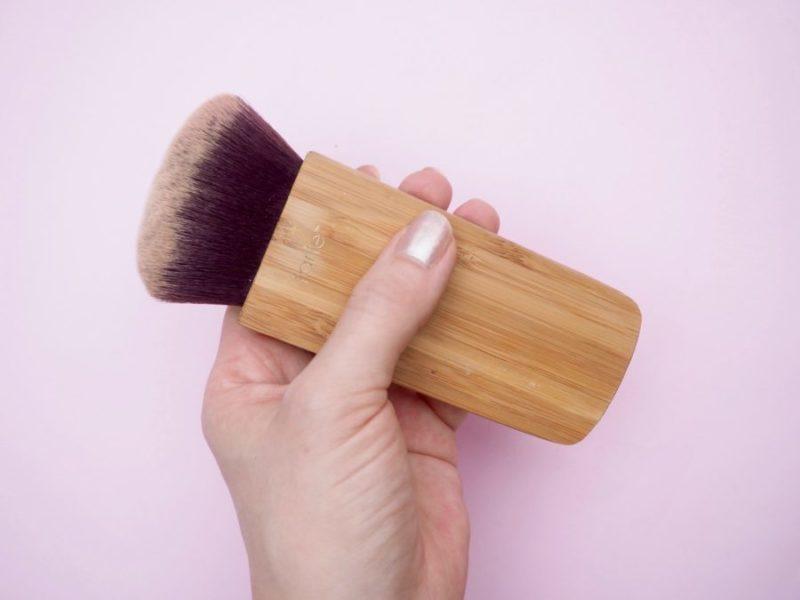 Tarte swirl power contour & bronzer brush meikkisivellin kokemuksia Ostolakossa Virve Vee